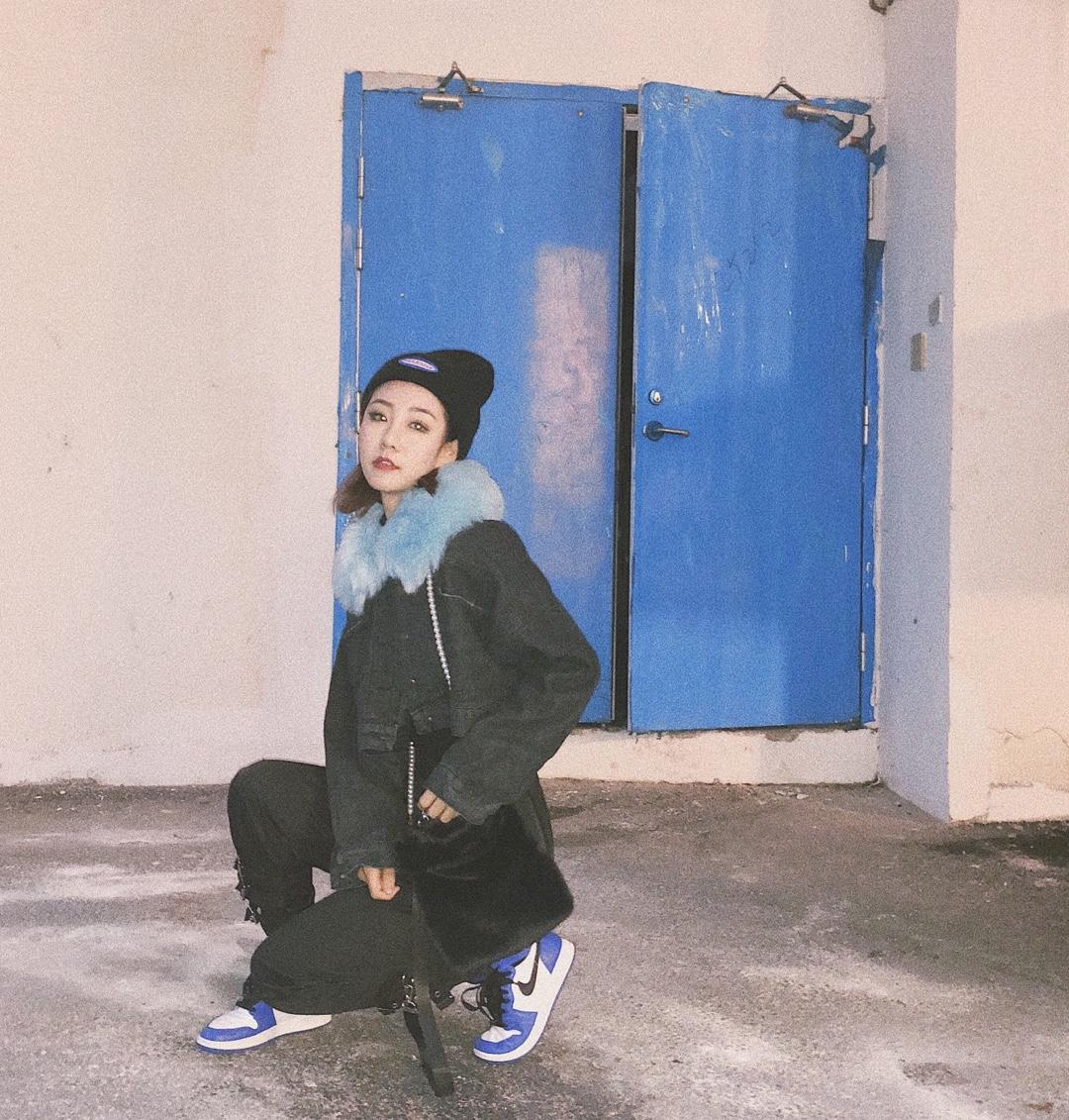 #今天穿什么# OOTD 一到冬天就很想去广东哎  那里的姐妹还可以穿单衣🥱