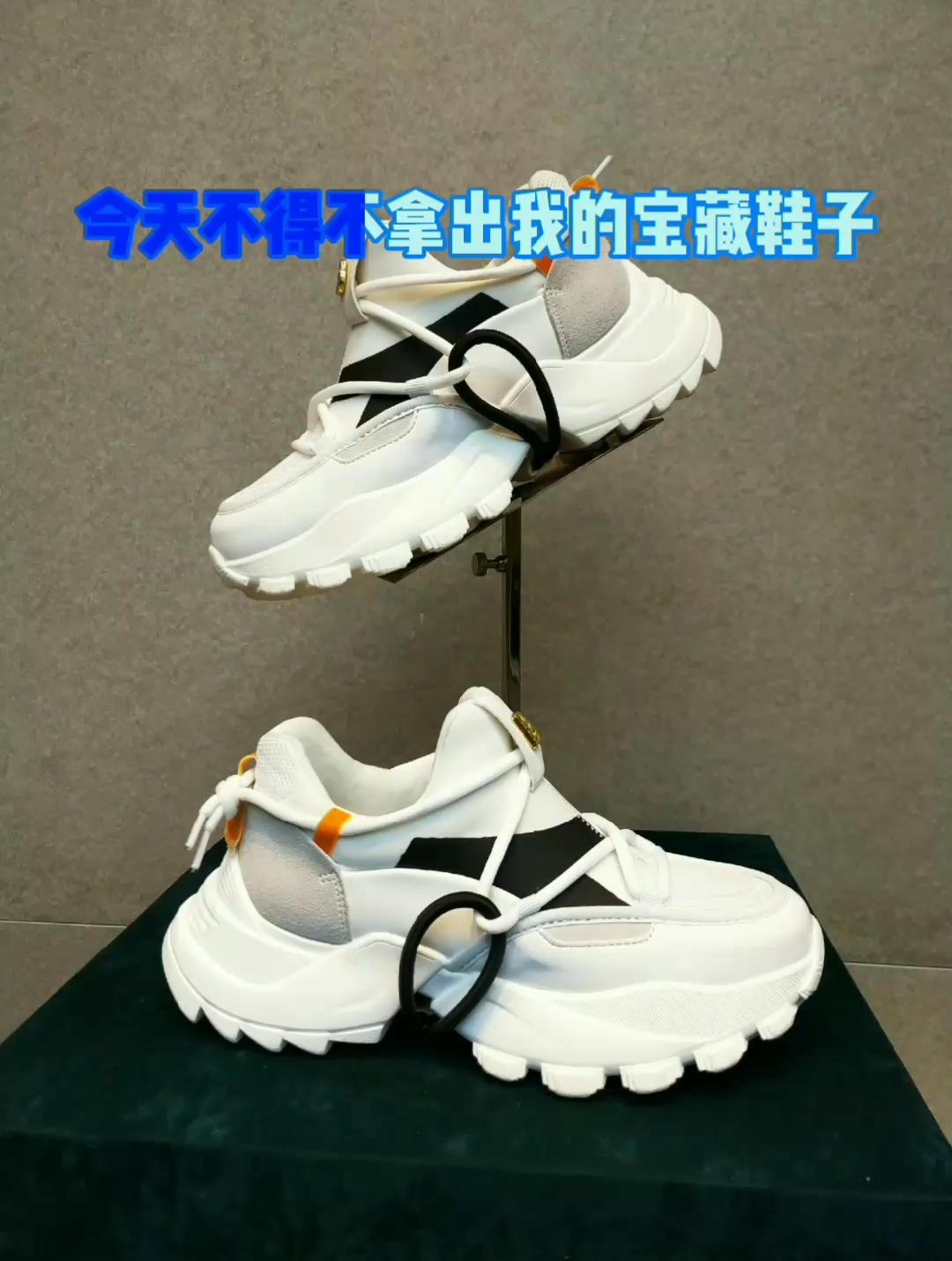 #全民搭配挑战赛#春季百搭利器,这双鞋子一定不能少!