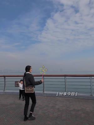 蓝天 白云☁️   荔枝 景仁👯♂️