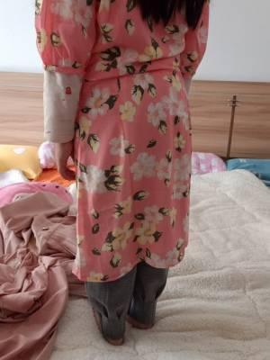 今天试了一下 每一件衣服都穿不了 ,买了十几条裙子都不能穿 ,而且买的全部都是大码 ,他家的衣服真的码子偏小的太厉害 , #萌萌君呀hed粉丝晒单#