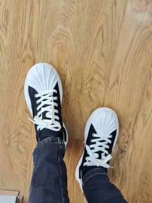 挺不错的,鞋底很软,穿上舒服!!!!!!! #小甜心_呢粉丝晒单#