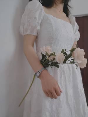 真的很漂亮,我一米五的穿上大潘家凉鞋套上这条裙子她们说一米六了😀😀 #潘仲晴呀粉丝晒单#